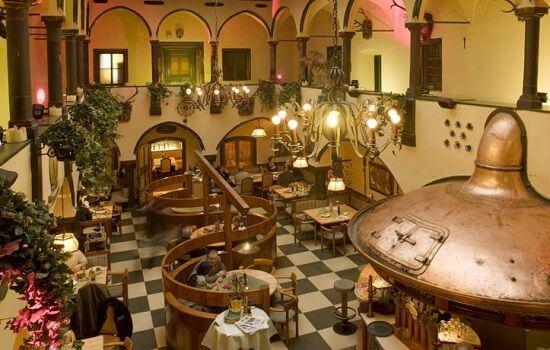 3.austria-f1-hotels-kongress