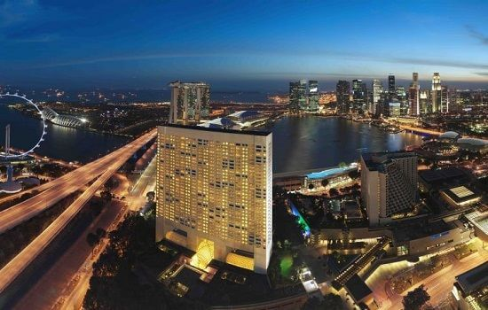 3.singapore-f1-hotels-ritz-carlton