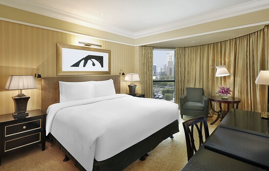 4.bahrain-f1-hotels-ritz-carlton