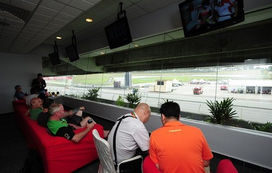 4.malaysia-f1-hospitality-corporate-suite