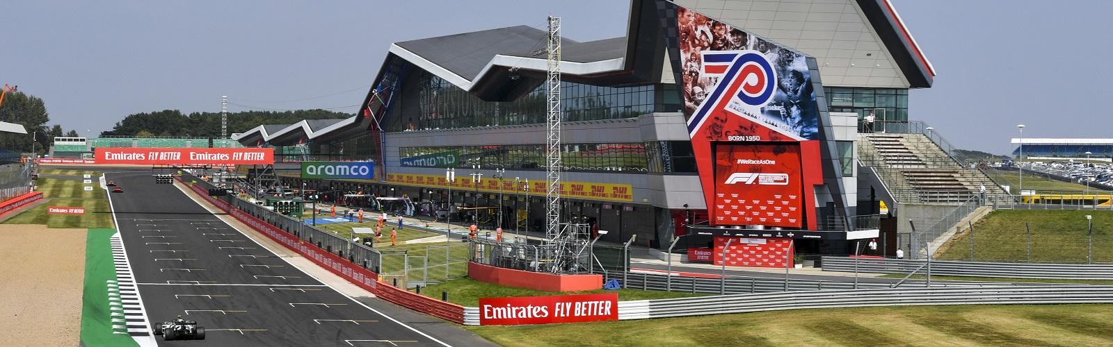 1.f1-paddock-club-britain
